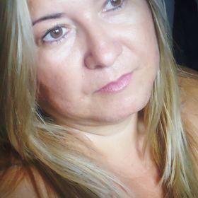 Sheila Ferreira