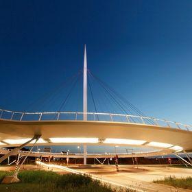 ipv Delft: bridges, light & products