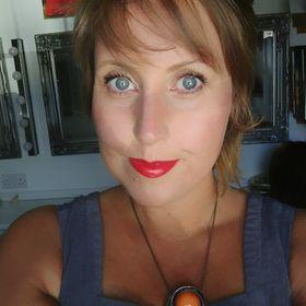 Amy Prifti Make-up Artist