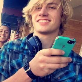 Austin Reed Rocknrollkid16 Profile Pinterest