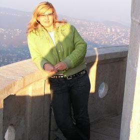 Nikoletta Molnár