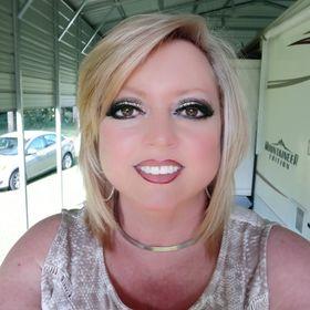 Lisa Boone
