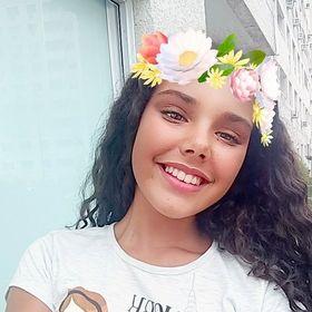 Júlia Tinoco