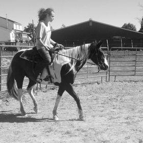 Ebano Lesbica faccia equitazione