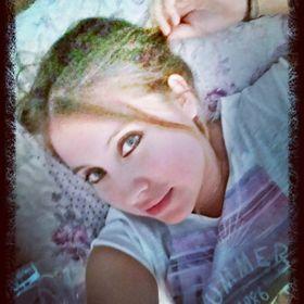 Oriana Aris