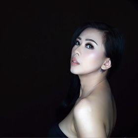 Mounike Tan