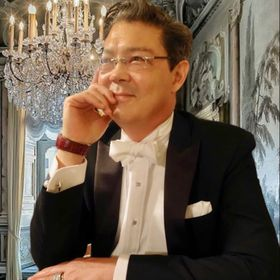 Christophe Choo  🌎               Coldwell Banker Global Luxury