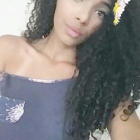 Esther Dourado