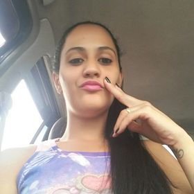 Stefane Souza