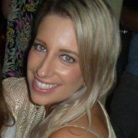 Avril Evans