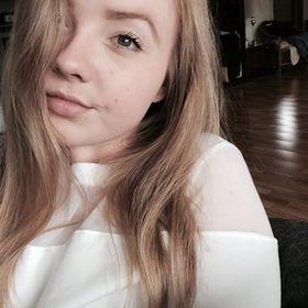 Amalie Foxie