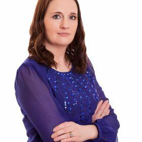 Louise Higgins of Aspire Design & Perfect Headboards
