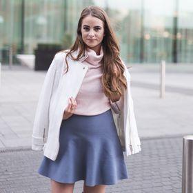 Sophie Mitchell   ShePrevails
