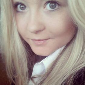 Danielle Lowes