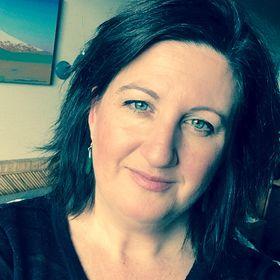 Wisdom Wit & Wonder | Helping Mums Raising Teenagers