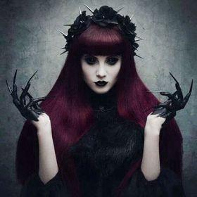 ♕♠♕ Black Madonna