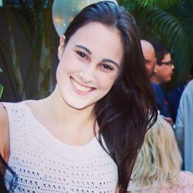Ana Luiza Oliveira