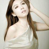 Daniela Putri