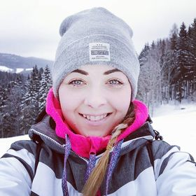 Lenka Holečková