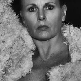 Monique Tegelaar