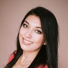 Elaine Rau   LadyBossBlogger.com   Entrepreneur & Blogging Tips