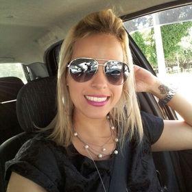 Andréia Veneziano