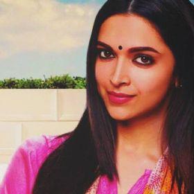 Dimple Queen : Deepika Padukone