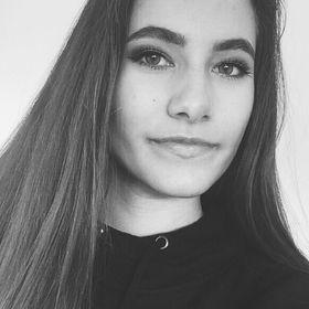 Nora Sethre
