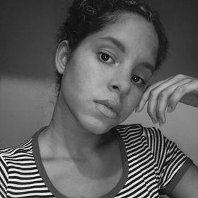 Sabrina Caldeira