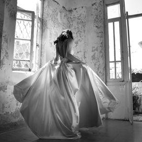 Inbal Raviv Bridal