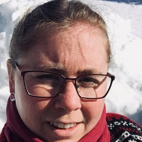 Mette Holter