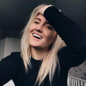 Becky Karitons