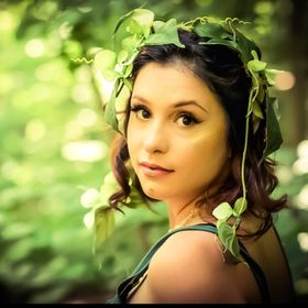 Tessa Claire
