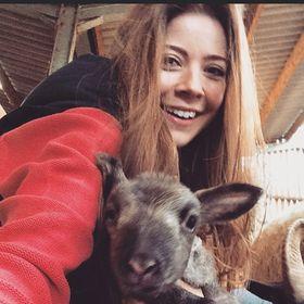 Zoe Hounam
