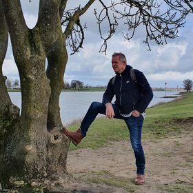 Henk Riezebos