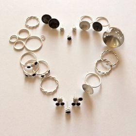 Radka Hlavackova/ Jewellery designer