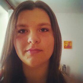 Adéla Handlovičová