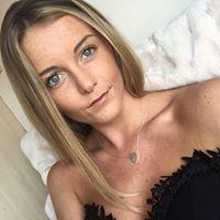 Chloe Banks