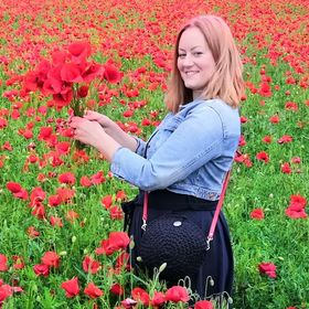 Happy Poppy By Adrienn
