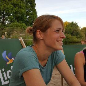 Anne-Kathrin Becker