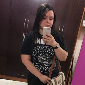 Camila Roberta