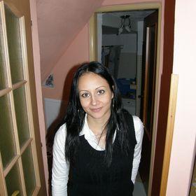 Ildy Papíková
