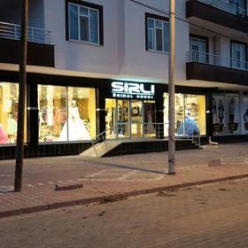 Sırlı Sridal House Gelinlik Damatlık Mağazası