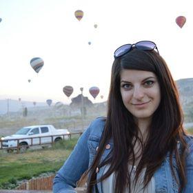 Roxana Mlendea