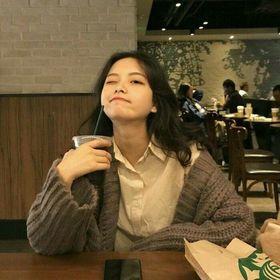 •Son Ji Hwa•