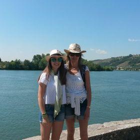 natucha & daughter