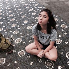 Ester Rowena Yunarto
