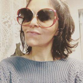 Adriana Caceres