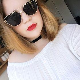 Nandy Sarina van Oostveen