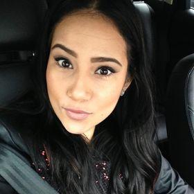 Angie Mena
